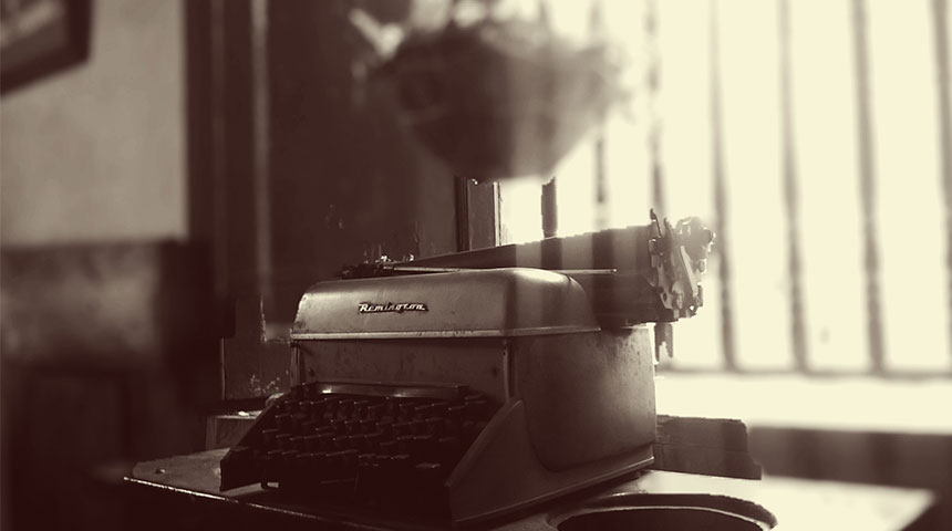 typewriter - Home